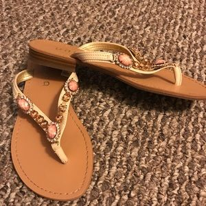 Sandals with bling